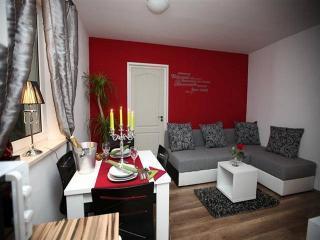 CR 102 - Apartment, Split