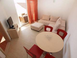 CR107 - Apartment 3, Makarska