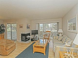 20002 Twin Lakes Court