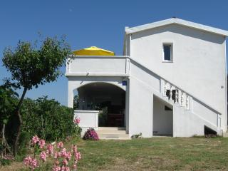 Apartment Bi-PI 2 , Pag, Croatia
