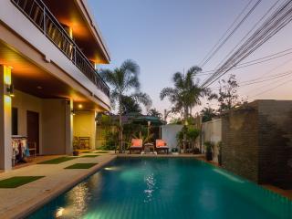 Happy Eight - Resort Phuket