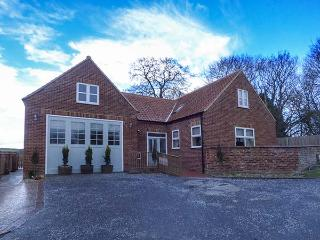 CALL OUT COTTAGE, conversion from a former fire station, en-suites, walks from the door, in Sledmere, near Driffield, Ref. 24303