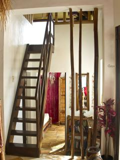 Stairs leading up to loftbedroom