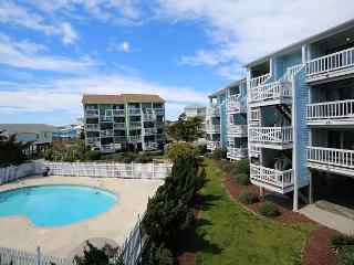 Seascape D20-Bright and beachy ocean view one bedroom condo on the North End, Carolina Beach