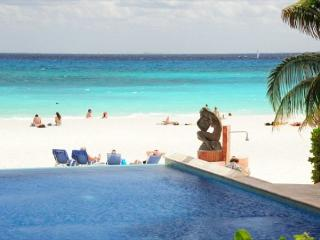 Oceanfront 3 bedroom (Best price)ground floor (LEF1), Playa del Carmen