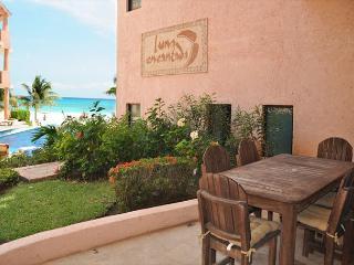 Oceanfront 3 bedroom (Best price)ground floor (LEF1), Playa del Carmen