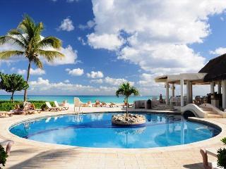 Oceanfront with pool 2 bedroom in Xaman Ha (XH7018), Playa del Carmen