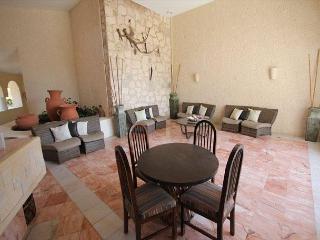 2 Bedroom Oceanfront Xaman Ha! (7106), Playa del Carmen