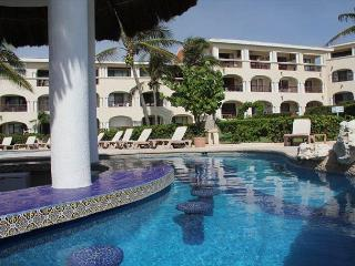 NIce! Oceanfront with pool 3 bedroom in Xaman Ha (XH7010), Playa del Carmen