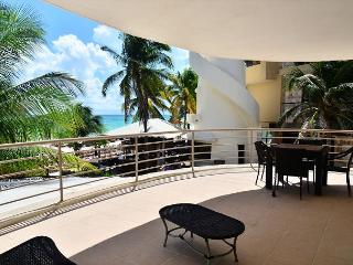 AWESOME 10% REDUCTION - 2 Bed Oceanfront Condo at Corto Maltes! (CM105)