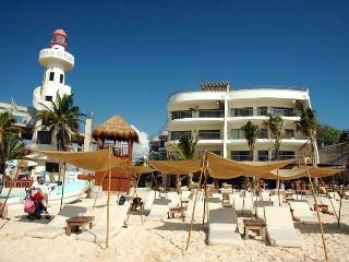 Luxurious Beachfront Condo; 2-bdrm, 2-bath (Corto Maltes 202)