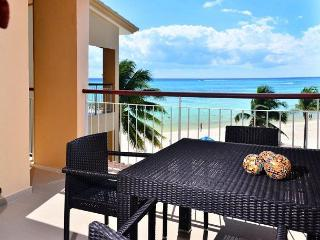 Spacious beachfront condo, True Oceanfront!; 1-bdrm, 2-bath (EFS308)