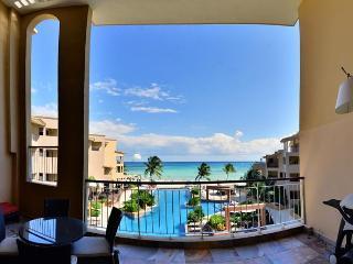 Gorgeous Ocean Views! 3 bedroom!  (EFC303), Playa del Carmen