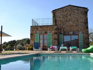 GorGeous Finca on Mallorca with Pool near beach, Arta