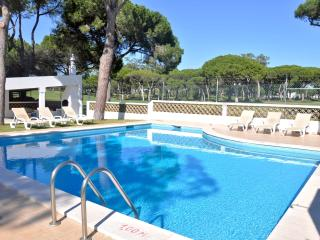 Walking distance to Centre, Golf course view, Vilamoura