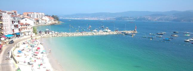 Vive las Rías Baixas en el pueblo marinero de Raxó ubicado a 5 km de Sanxenxo.