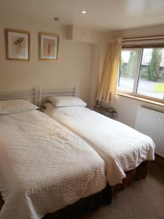 apart bedroom