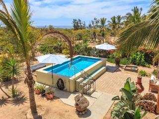 Vista Ballena - Ideal family beach home!, Todos Santos