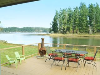 Charming Puget Sound Waterfront Home, Allyn
