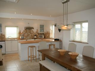 Kitchen/Dining Area with breakfast bar, seating a further 3 people