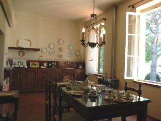 Villa Efisia, Volterra