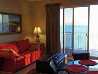 SPRING-BREAK - 2BR/2BA/8ppl Ocean-Front Condo!, Panama City Beach