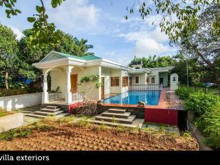 Vagator Villa with Pool + 3 Bedroom Aletheia