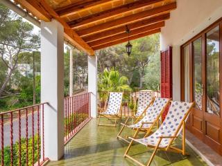 BALI - Property for 6 people in Portopetro, Porto Petro