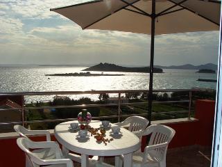 Villa San Marino Apartment 8 for 5 - 30m from the sea in Pakostane