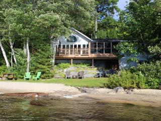 Halls Lake Cottage