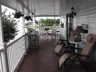 Sandbridge Waterfront Escape (VA Beach area)