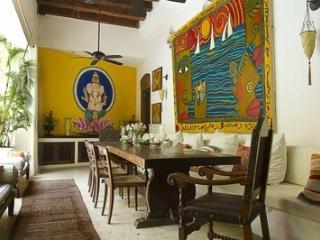 La casa que besa el mar, Cartagena