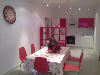 cucina con sala App. rosso