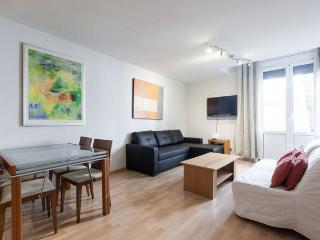 BCN-RENTALS Ramblas 1, just 7-10 minutes from Ramblas. In the centre