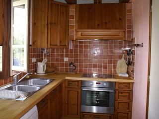 Recently re-fitted kitchen with ceramic hob, built under oven, dishwasher and washing machine