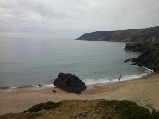 Housy1 Cosy  between Beach & Mountain
