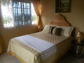 Sea View Double Room in Luxury Villa (1 of 2)