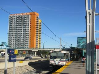 Cozy 1BR Condo- Steps From The CTrain & University