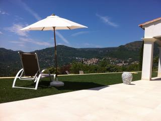 Villa Mirena Zimmer Hibiskus: B&B, Pool, Aussicht, Tourette-sur-Loup