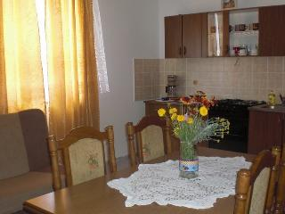 Family Apartment Milly with Two Bedrooms - A4b, Krk