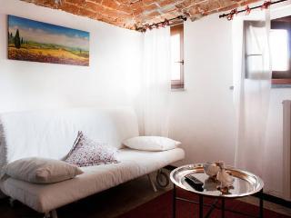 Cà Borgo Vecchio: Papaveri apartment