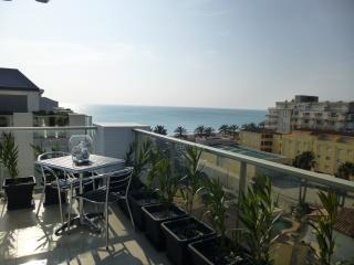 Magnifique Penthouse  neuf en 1o ligne de plage