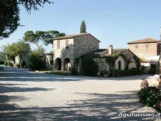 Agriturismo Il Pino, Lucignano