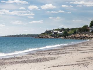 Relax and enjoy the summer in Marblehead