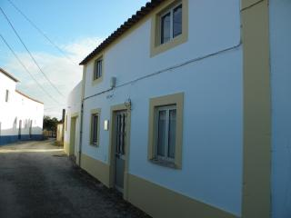 Portugal rustic cottage, Sao Martinho do Porto