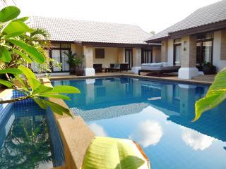 Baan Rose - Beautiful 3 bedroom villa near Fishermans Village, Bophut, Koh Samui
