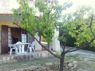 T1/2 avec terrasse et jardin ensoleillé, La Ciotat