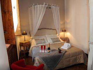 Trastevere Charming Apartment, Rome