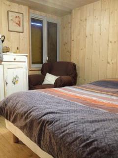 Chambre parents un lit pour deux personnes