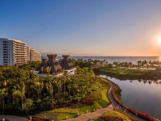 Luxury Grand Luxxe Spa Tower (2 Bedroom/2.5 Baths, Nuevo Vallarta